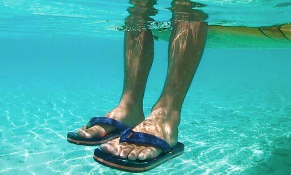 Reef Ahi Sandals